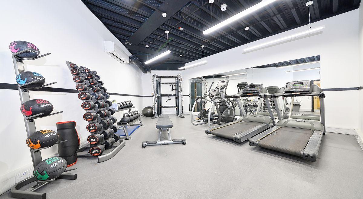 gym in kelvingrove house glasgow