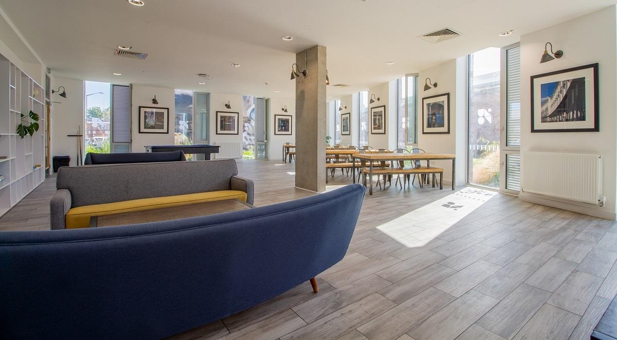 common room in the union leamington spa