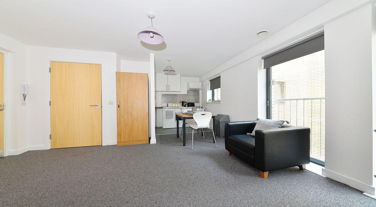 lounge room in kelvingrove house
