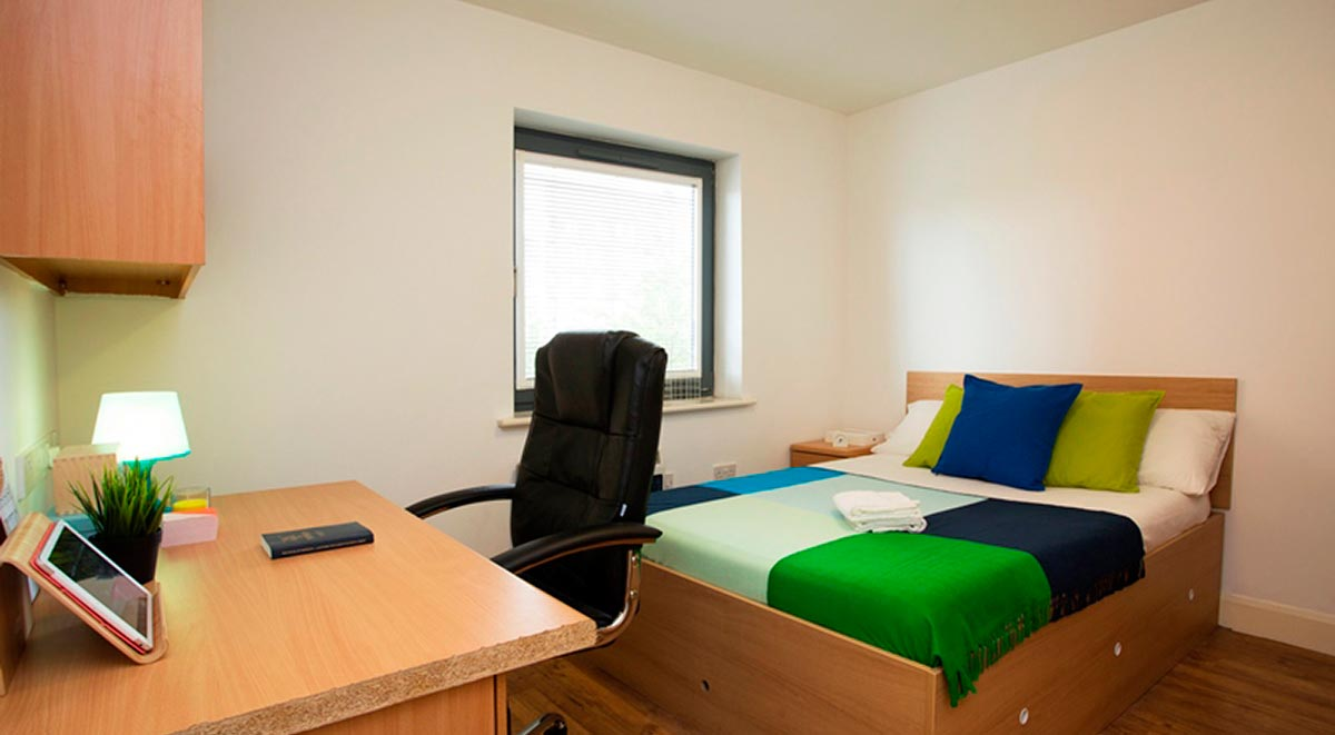 deluxe ensuite albion court leicester
