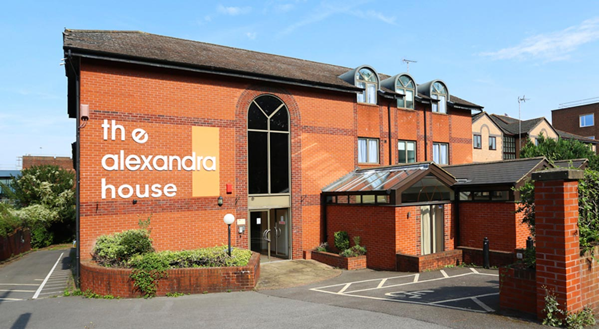 alexandra house high wycombe student accommodation