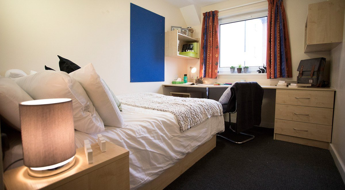 bedroom area College court stoke on trent student accommodation