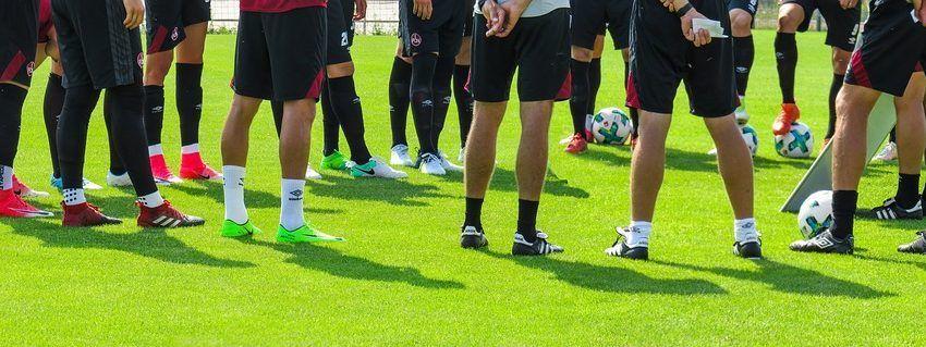 image of football players