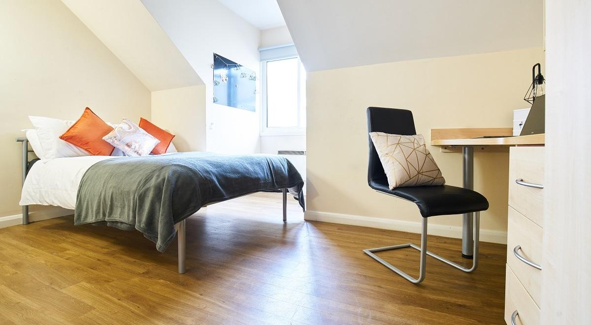 heald court bedroom en suite manchester