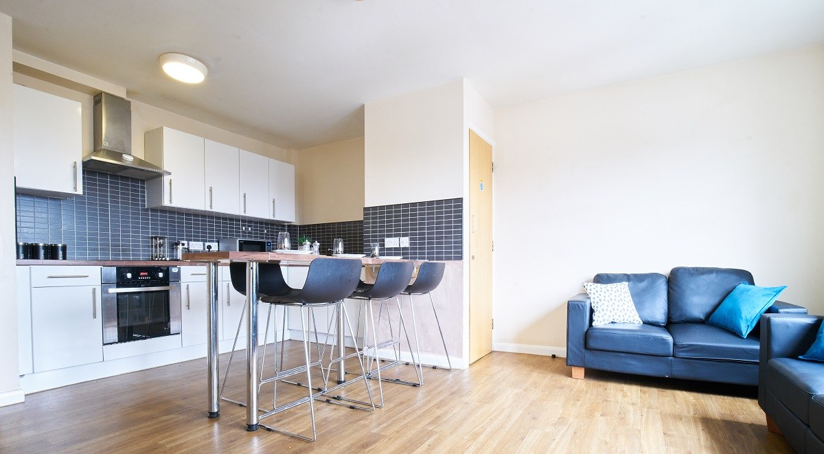 shared room in heald court manchester