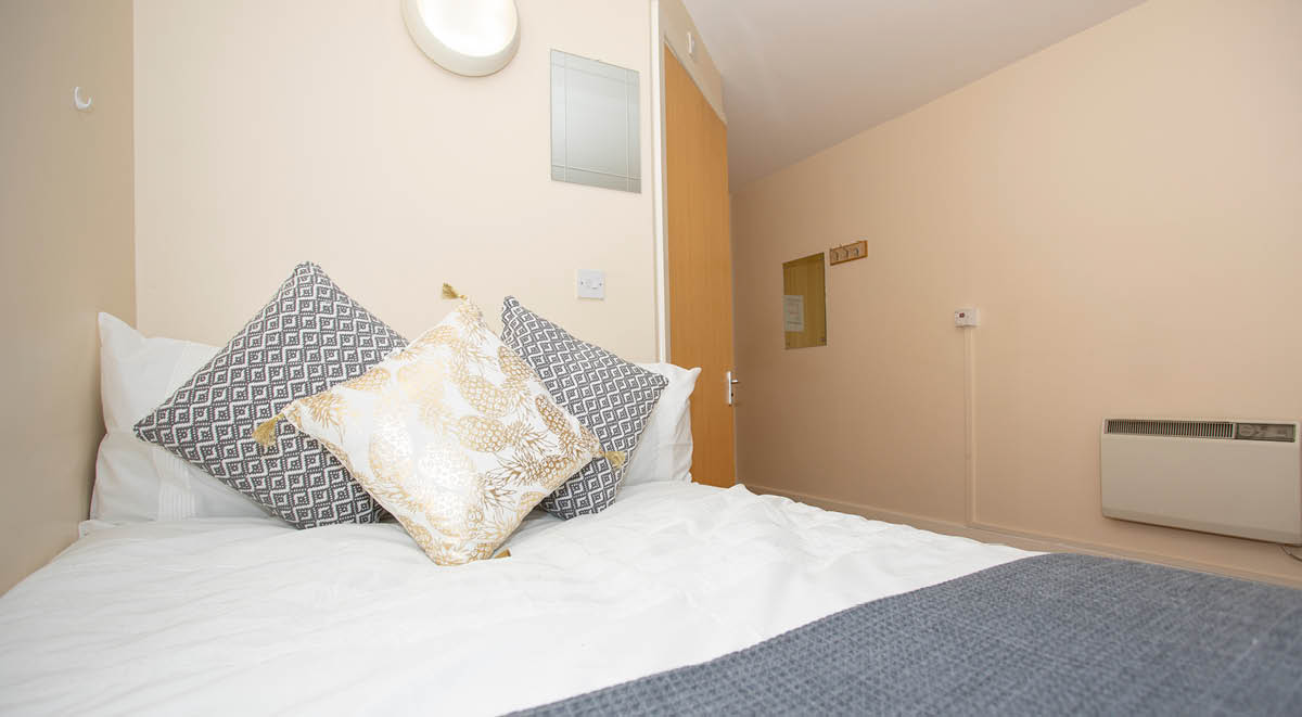bedroom area park view Manchester student accommodation