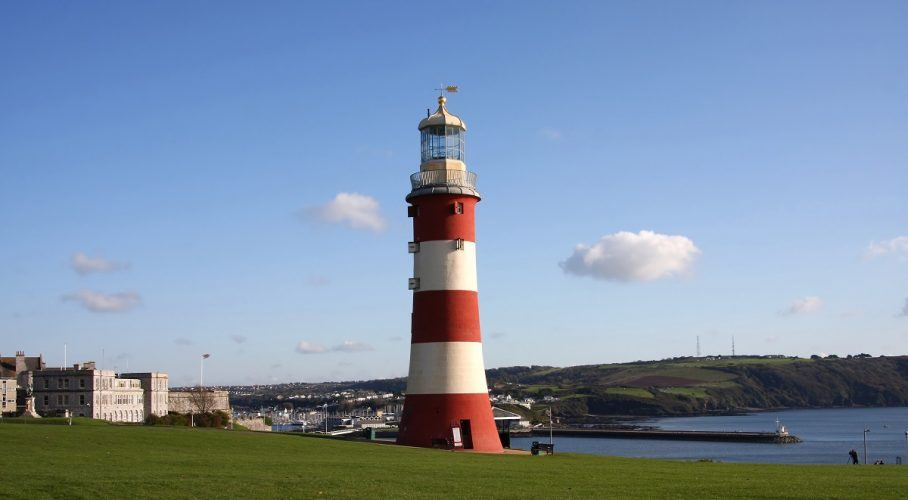 3 Great Student Hangouts in Plymouth