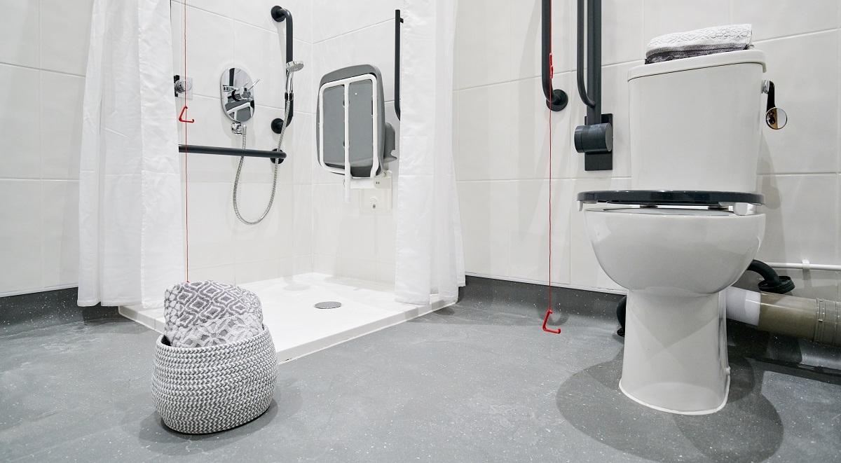 accessible en suite bathroom st leonards house