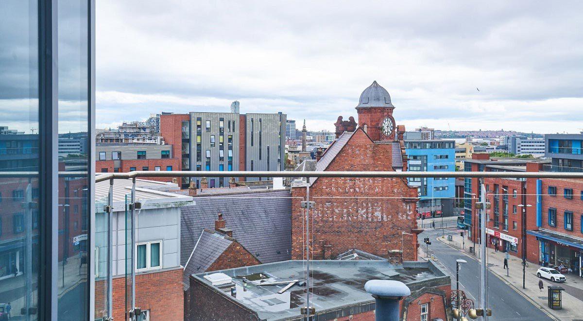 windsor court liverpool balcony