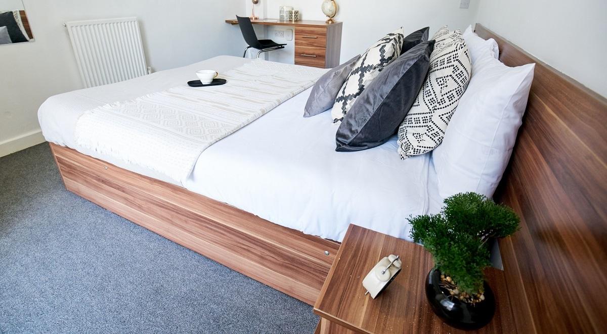 bedroom area Windsor Court Liverpool
