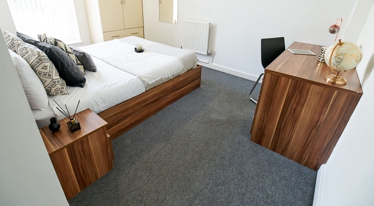 windsor court liverpool two bed apartment