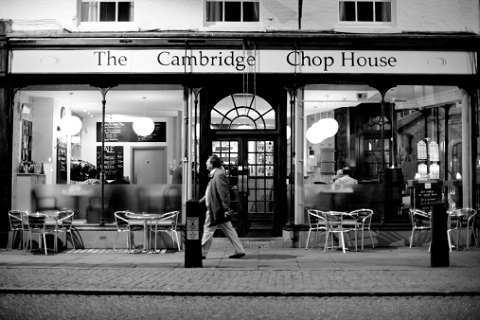 students eating out in cambridge