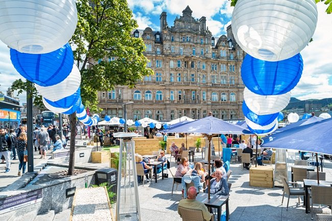 student eating out in edinburgh