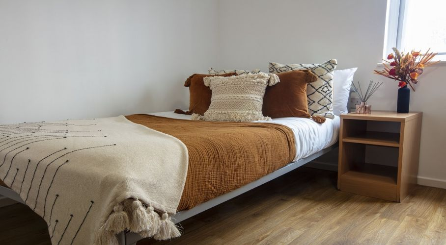 Cosy Student Bedroom Decorating Ideas Perfect for the Autumn