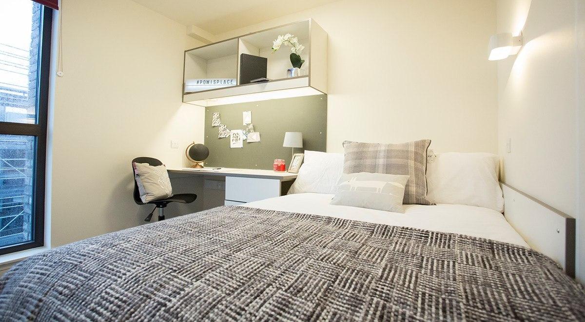student accommodation powis place aberdeen en suite room