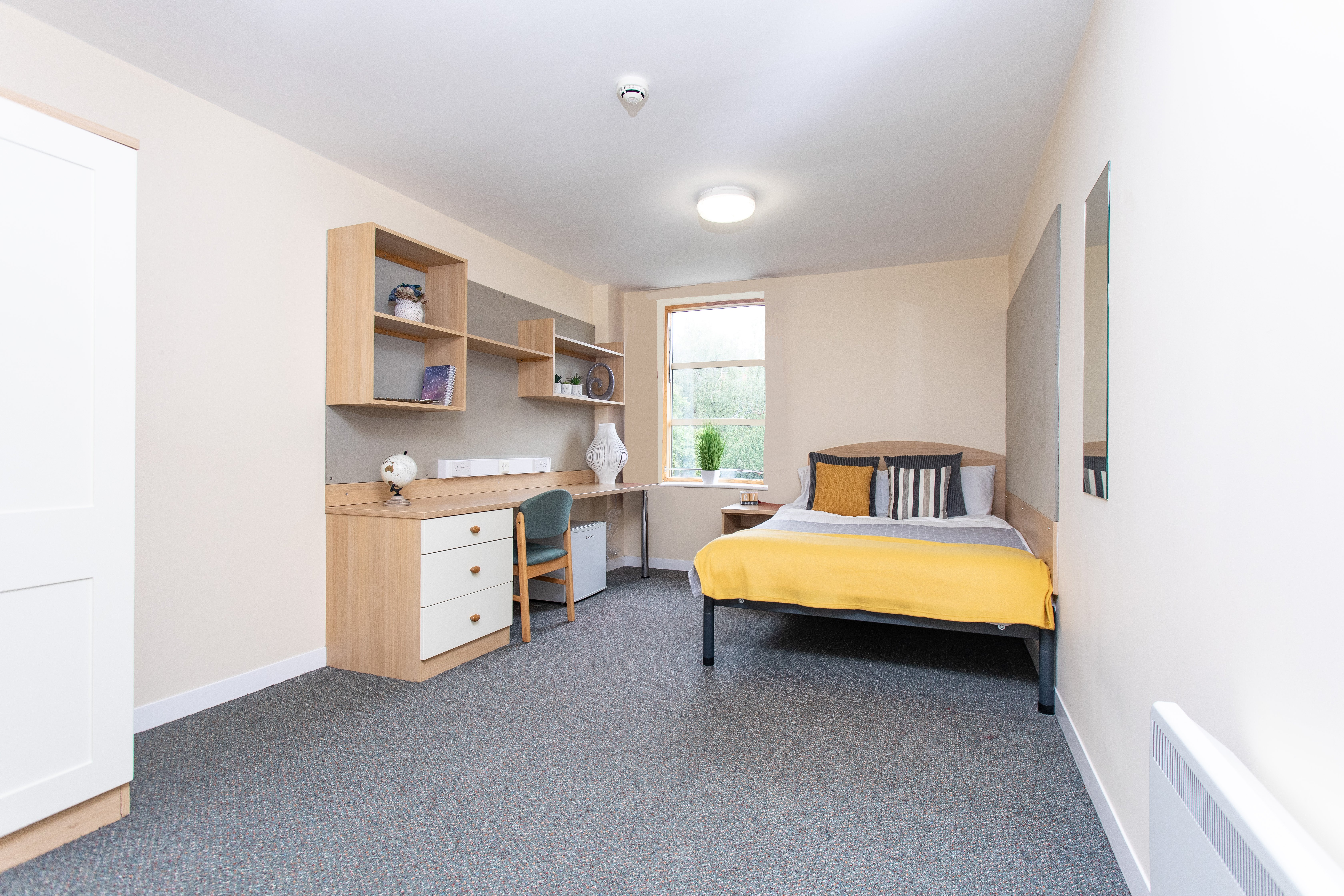 Deluxe Ensuite Abode Student Accommodation