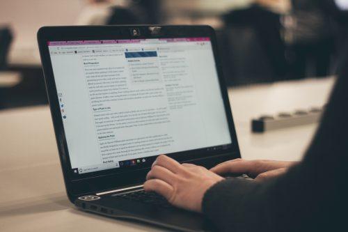 blogging is an online student job