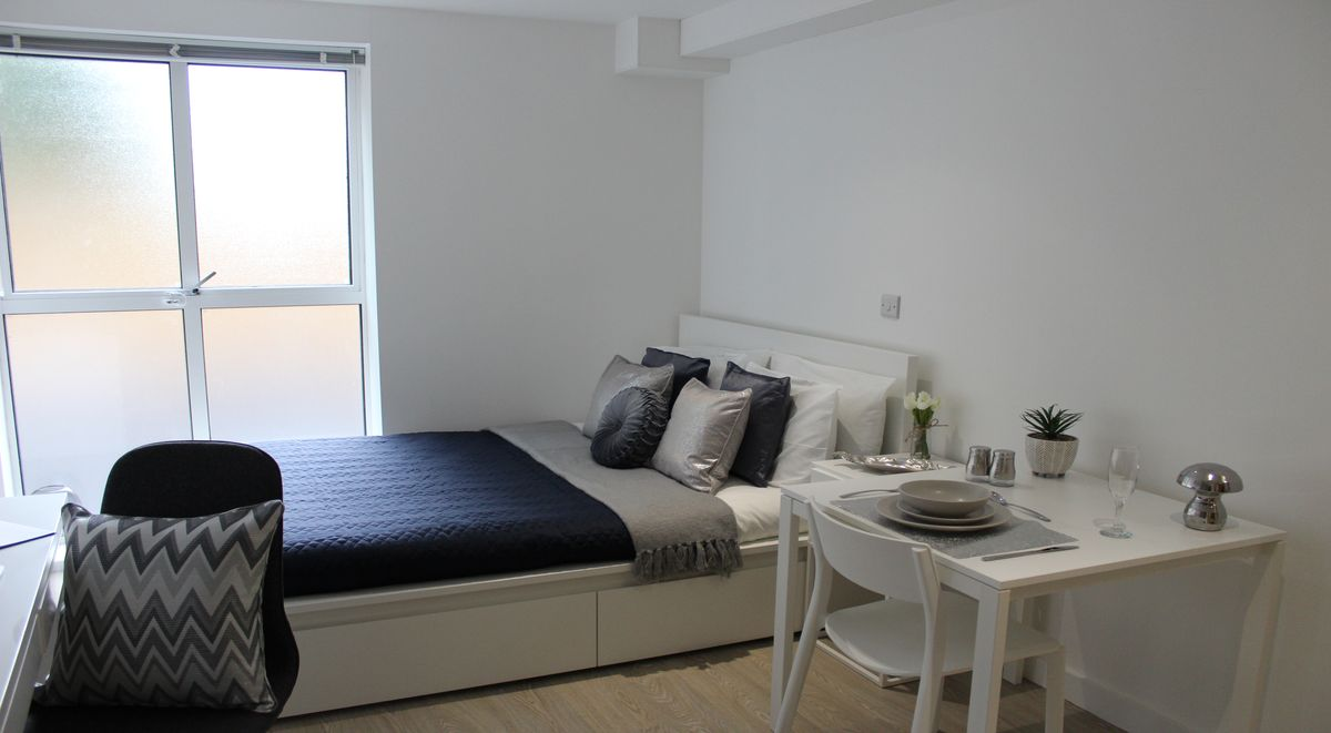 student-accommodation-orme-house-deluxe-studio