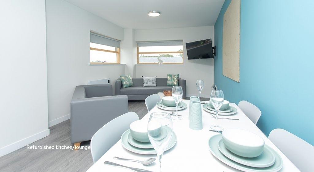 refurbished kitchen/lounge 3
