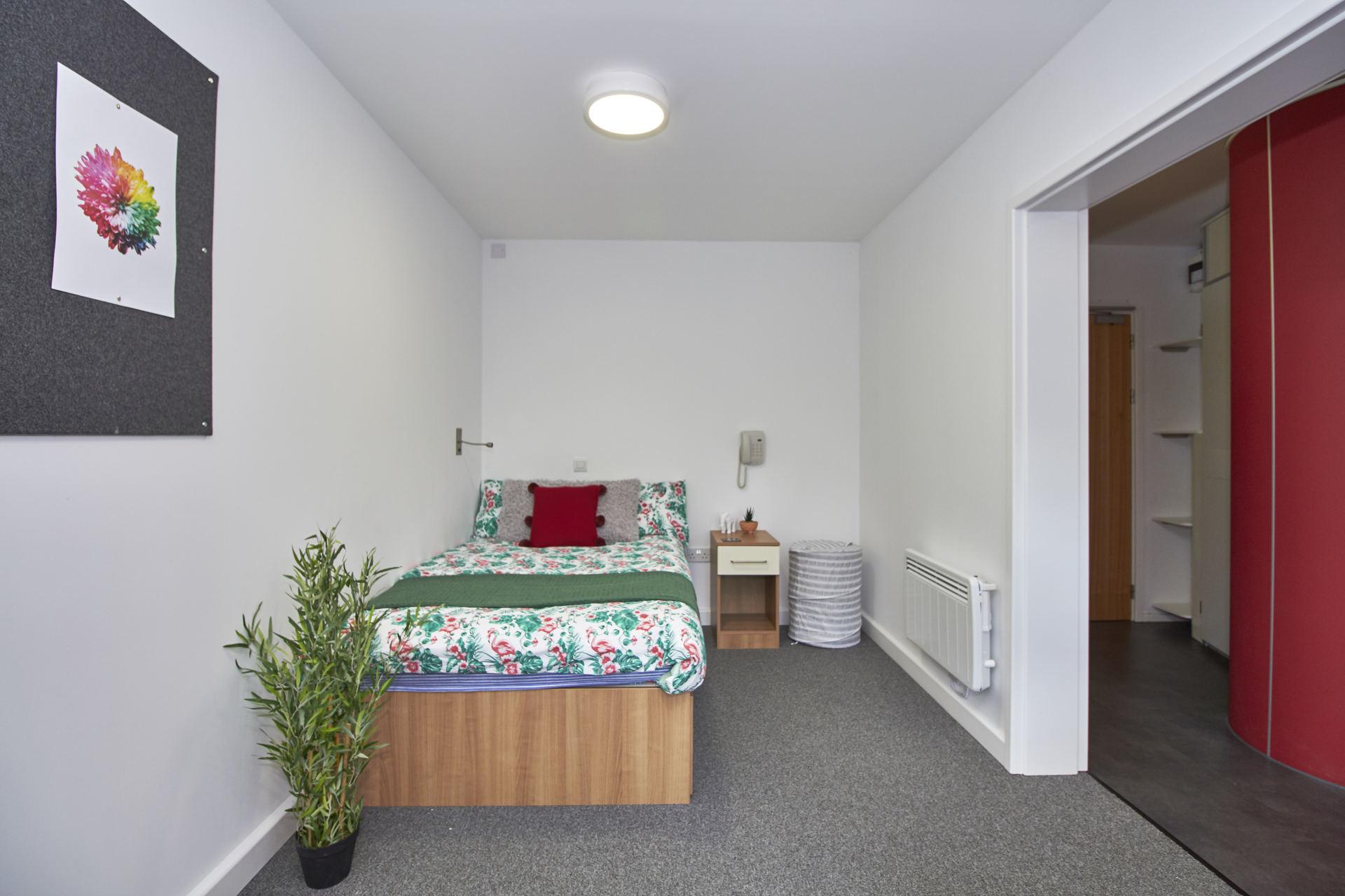 standard studio room in oxford