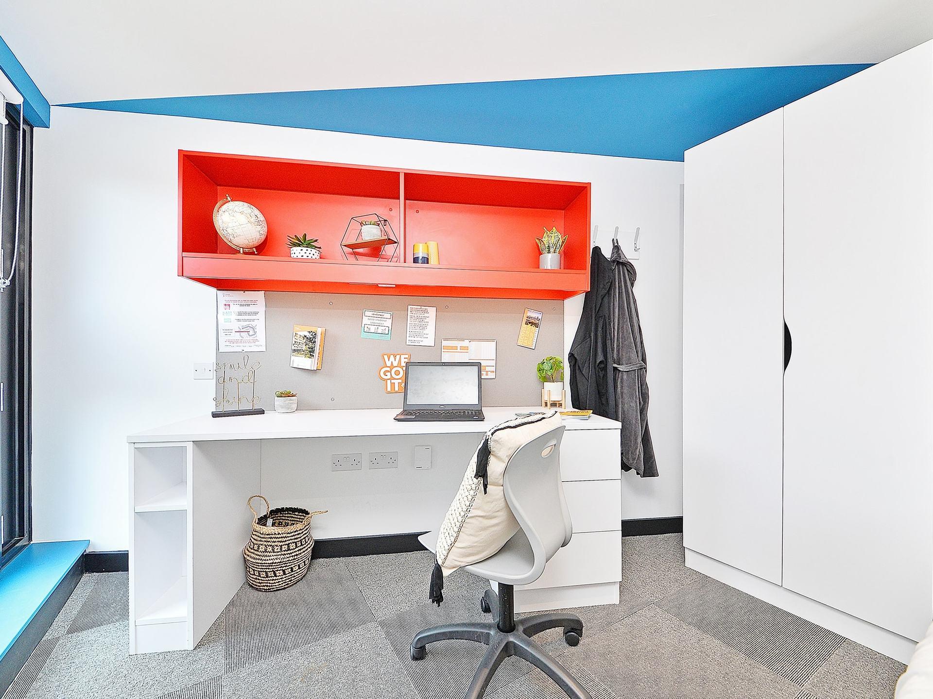desk area Beton House Sheffield Student Accommodation