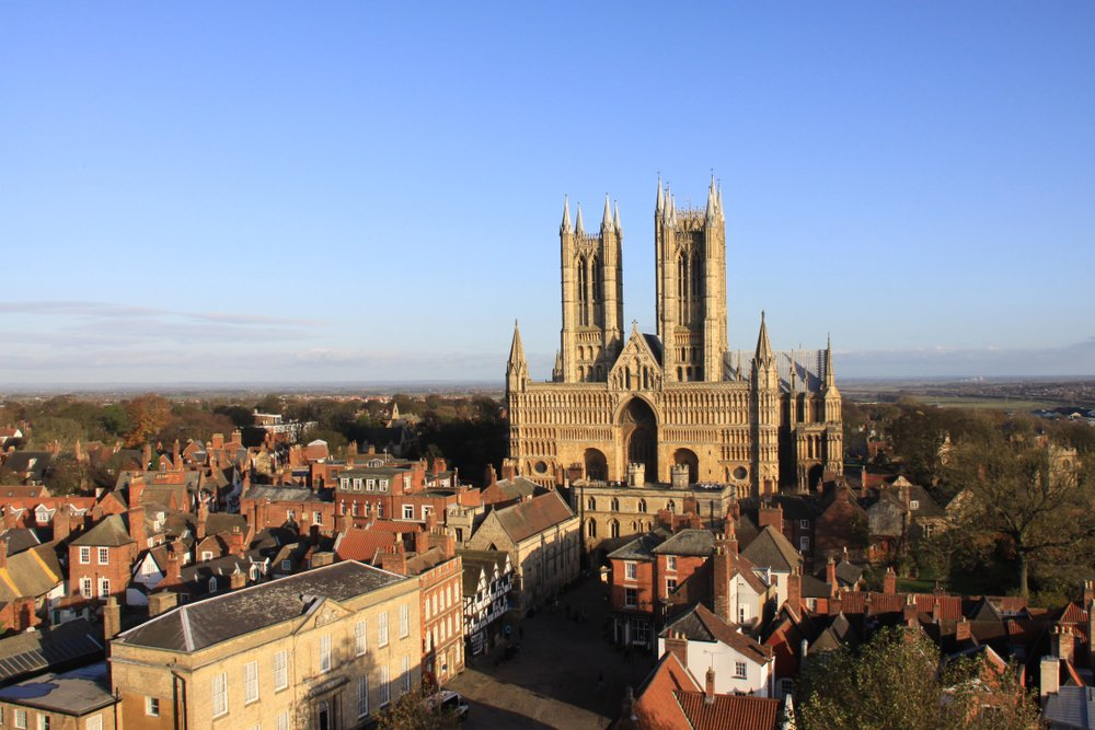 The Walking Guide: 5 Of The Best Walks In Lincoln!