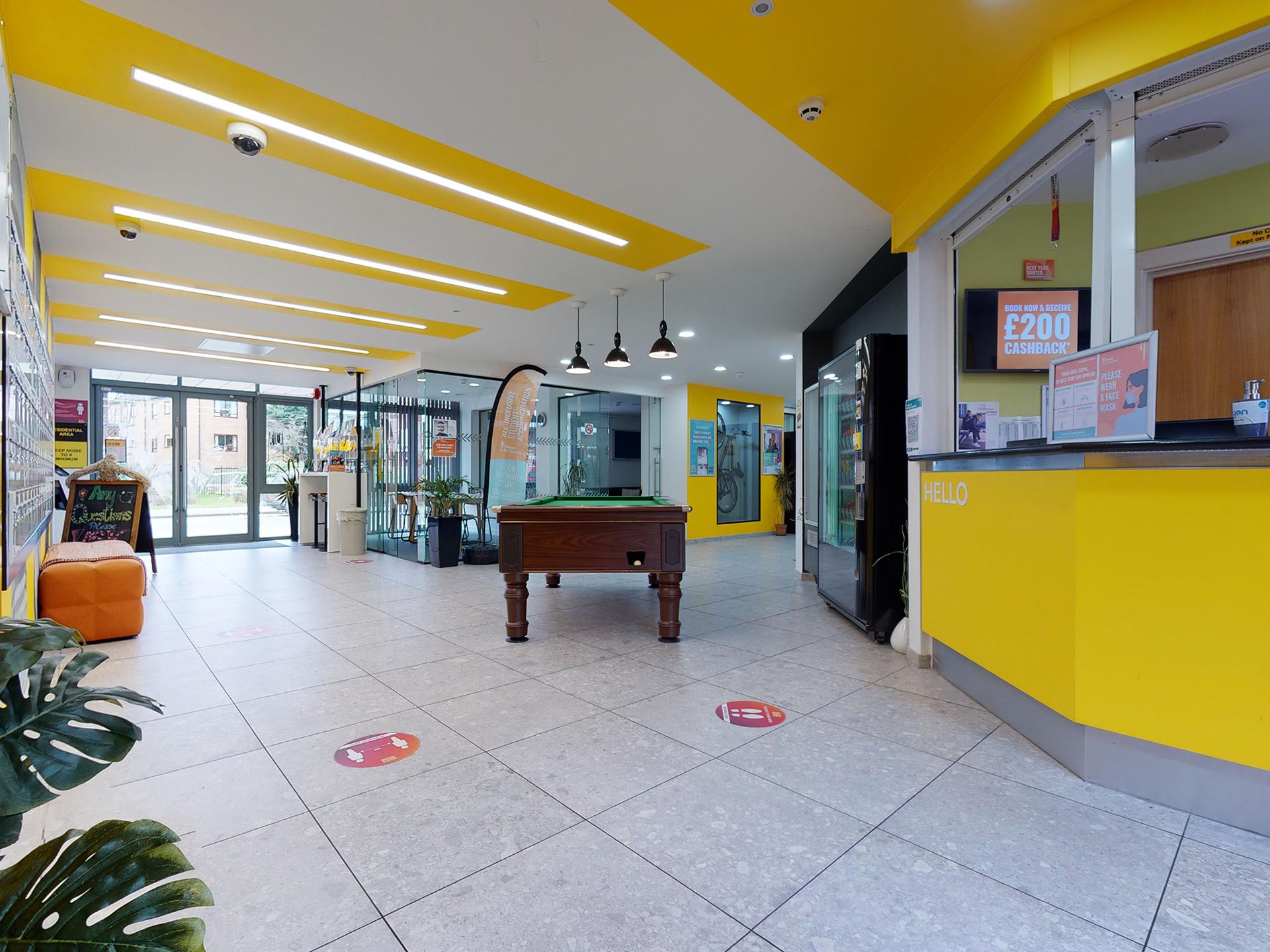 student-accommodation-oxford-slade-park-reception