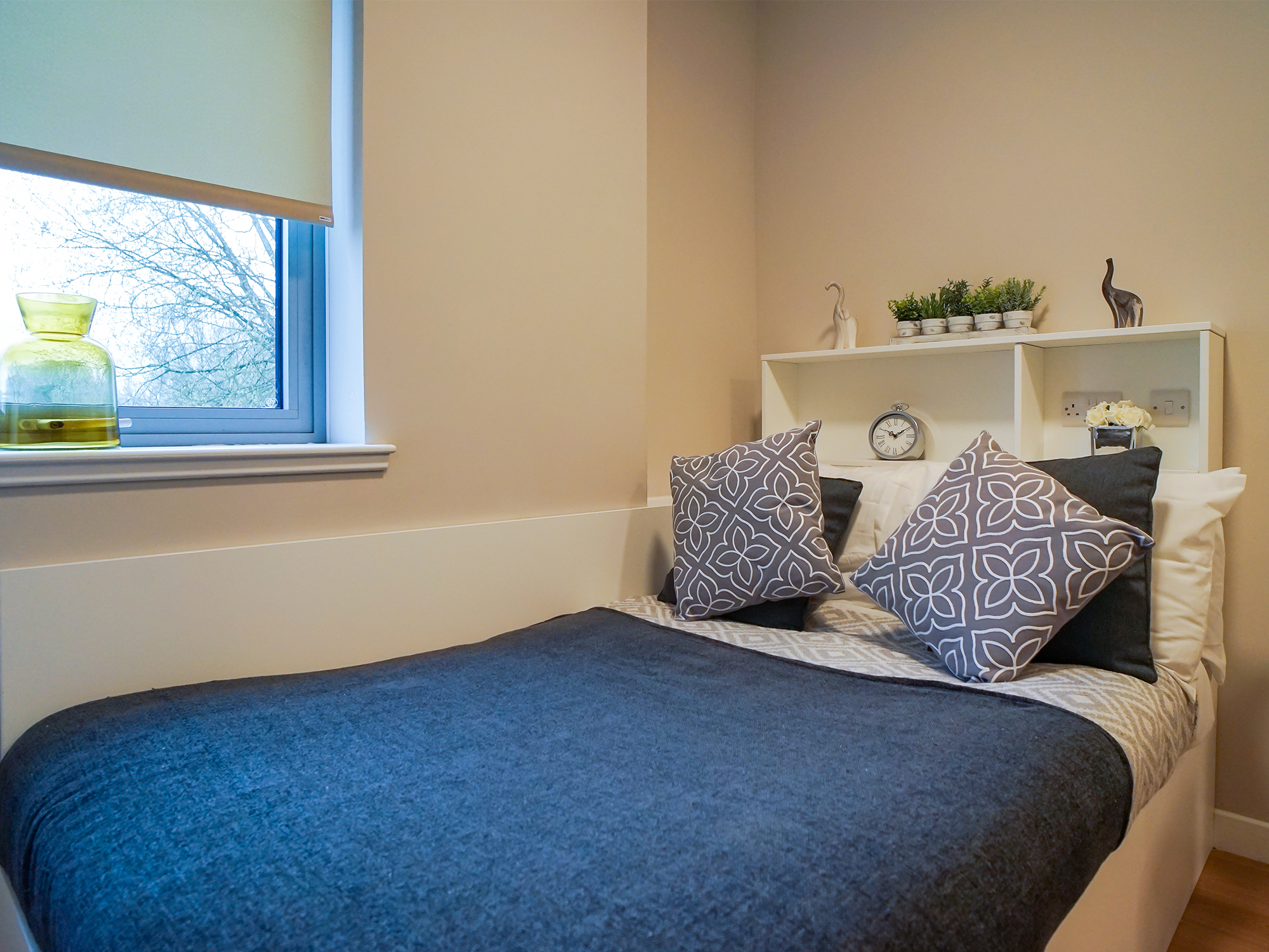 classic bedroom studio centro house student accommodation Stirling