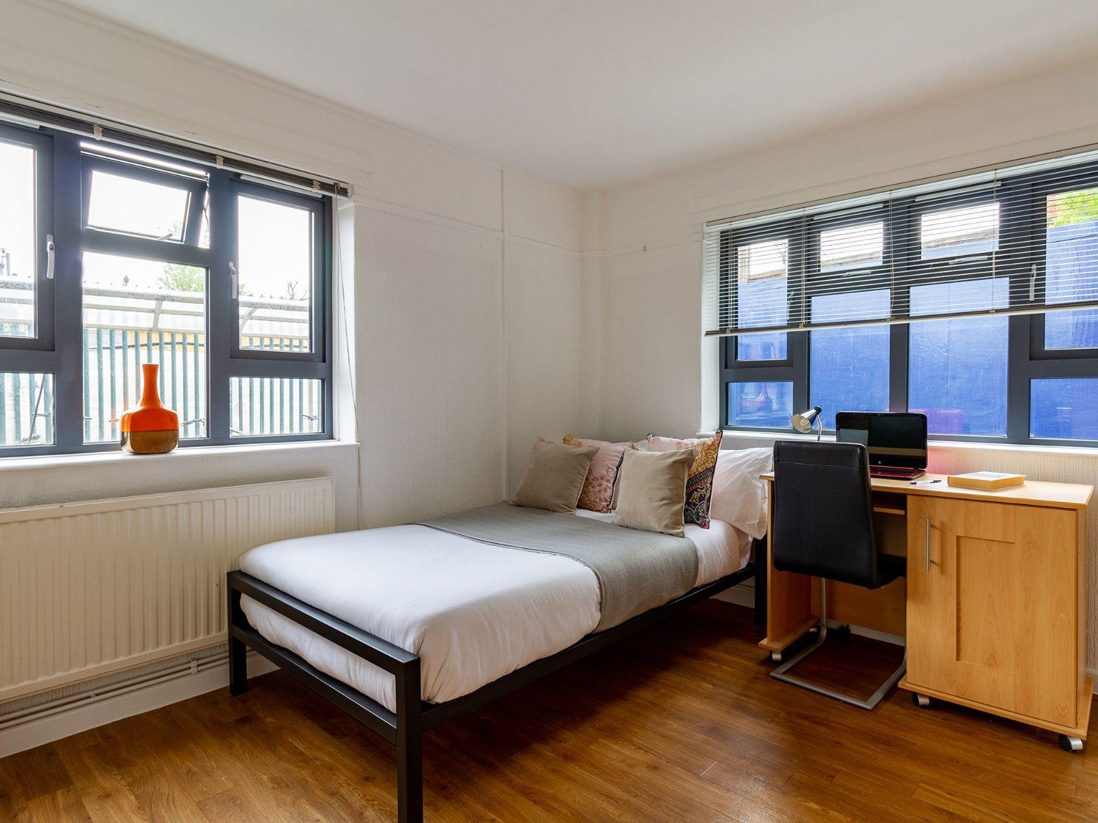 Surrey Quays Landale House Bedroom