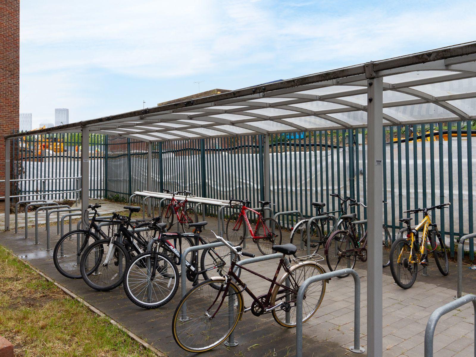 Surrey Quays Landale House Bike racks
